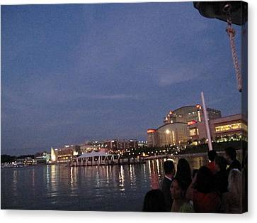 National Harbor - 121223 Canvas Print by DC Photographer