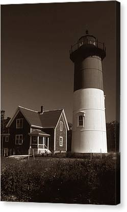 Nauset Lighthouse Canvas Print by Skip Willits