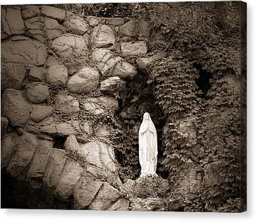 Nd Grotto Virgin Mary Canvas Print