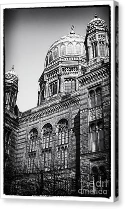 Neue Synagogue Canvas Print by John Rizzuto