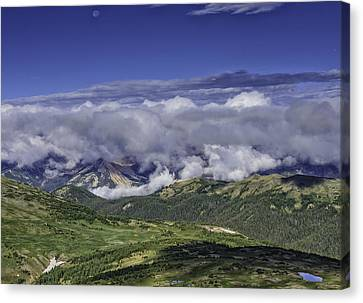 Never Summer Mtns In Clouds Canvas Print by Tom Wilbert