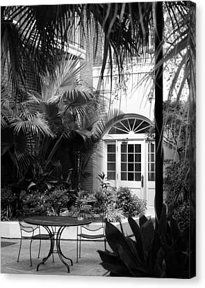 New Orleans Courtyard In Black And White Canvas Print by Greg Mimbs