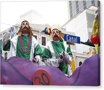 New Orleans - Mardi Gras Parades - 121230 Canvas Print by DC Photographer