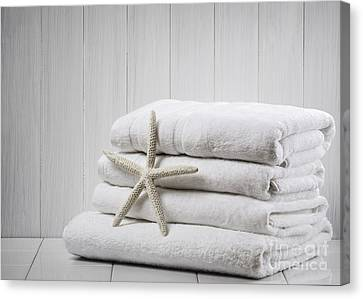 New White Towels Canvas Print by Amanda Elwell