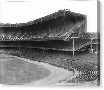 New Yankee Stadium Canvas Print by Underwood Archives
