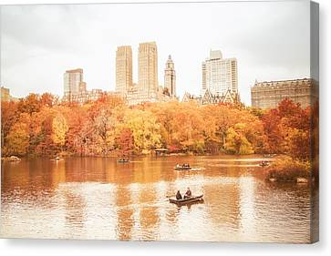 New York City - Autumn - Central Park Canvas Print by Vivienne Gucwa