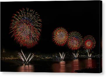 New York City Celebrates The Fourth Canvas Print by Susan Candelario