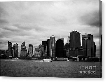 New York City Manhatten Winter Shoreline Canvas Print