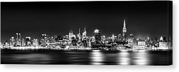 New York City Skyline - Bw Canvas Print by Az Jackson