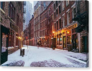 New York City - Winter - Snow On Stone Street Canvas Print by Vivienne Gucwa