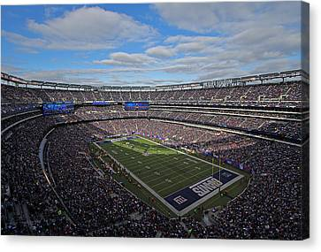 New York Giants Canvas Print by Juergen Roth