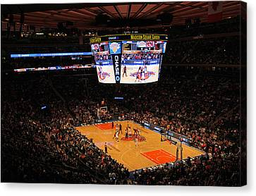 New York Knicks Canvas Print by Juergen Roth