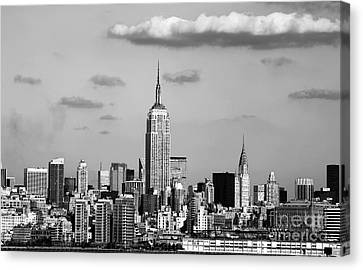 New York New York Canvas Print by John Rizzuto