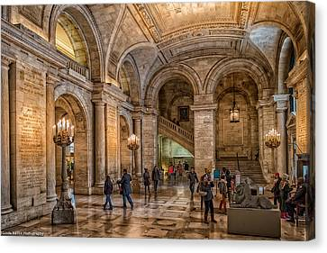 New York Public Library In New York City Canvas Print