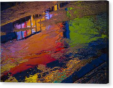 New York Reflections Canvas Print by Garry Gay