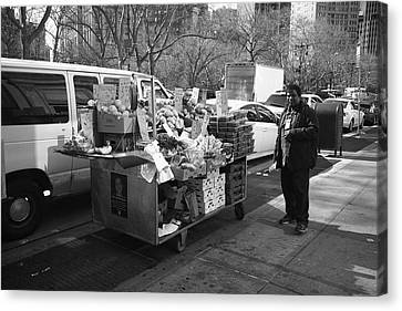 New York Street Photography 5 Canvas Print by Frank Romeo