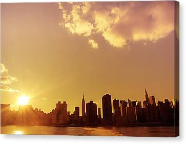 New York Sunset Skyline Canvas Print by Vivienne Gucwa