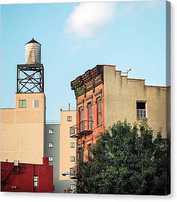 New York Water Tower 3 Canvas Print by Gary Heller