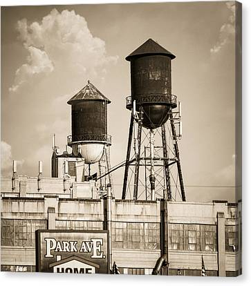 New York Water Tower 8 - Williamsburg Brooklyn Canvas Print by Gary Heller