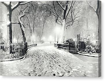 New York Winter Landscape - Madison Square Park Snow Canvas Print by Vivienne Gucwa