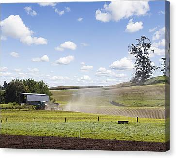 New Zealand Farming Canvas Print by Les Cunliffe