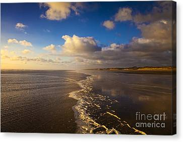 New Zealand Ninety Mile Beach Canvas Print by Colin and Linda McKie