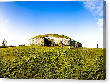 Newgrange - Mystery Of The Irish Boyne Valley  Canvas Print by Mark E Tisdale