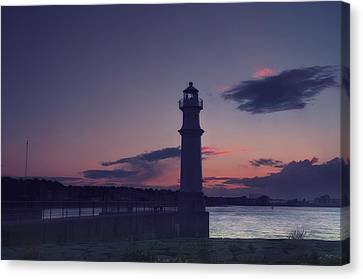 Newhaven Lighthouse Canvas Print