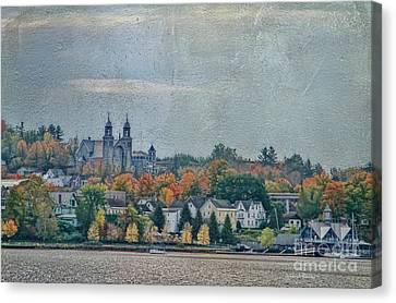 Newport In Autumn Canvas Print by Deborah Benoit