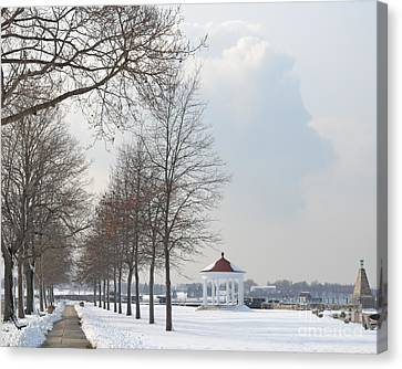 Canvas Print featuring the photograph Newport Waterfront by Angela DeFrias