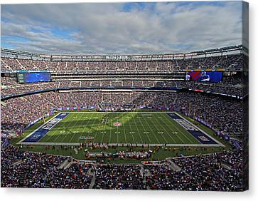 Nfl New York Giants Canvas Print by Juergen Roth