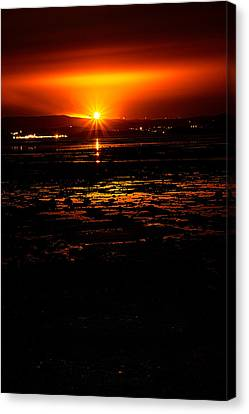 Night Flare. Canvas Print by Lenny Carter