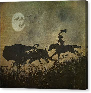 Canvas Print featuring the photograph Night Hunter by Roy  McPeak