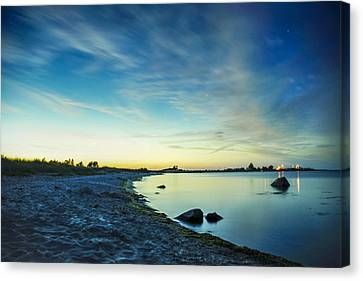 Canvas Print featuring the photograph Night Overtaking The Sky by Alex Weinstein