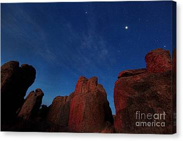 Canvas Print featuring the photograph Night Sky City Of Rocks by Martin Konopacki