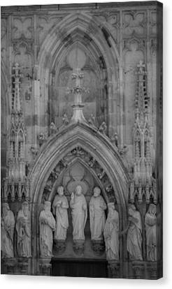 Nine Worthies Bw Cologne Germany Canvas Print by Teresa Mucha