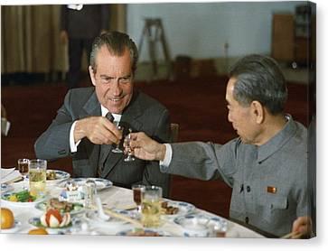 Nixon In China. President Richard Nixon Canvas Print by Everett