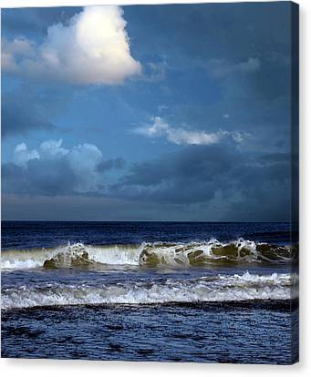 Nor'easter Blowin' In Canvas Print by William Sargent