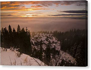 Norge Canvas Print by Aaron Bedell