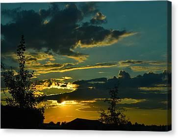 North Dakota Sunset Canvas Print by Carlee Ojeda