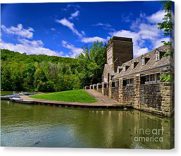 North Park Boathouse In Hdr Canvas Print by Amy Cicconi