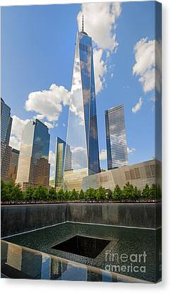 South Pool And Towers Canvas Print by Ed Rooney