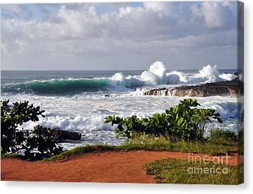 North Shore Oahu Canvas Print by Gina Savage