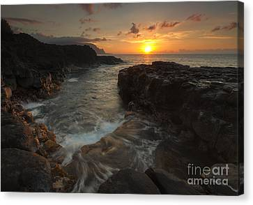 North Shore Paradise Canvas Print by Mike  Dawson