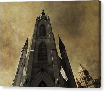 Notre Dame Basilica Canvas Print