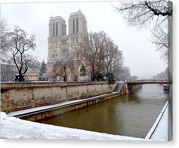Notre Dame In Winter Canvas Print by Amelia Racca