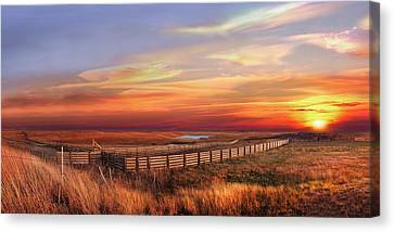 November Sunset On The Cattle Pens Canvas Print by Rod Seel