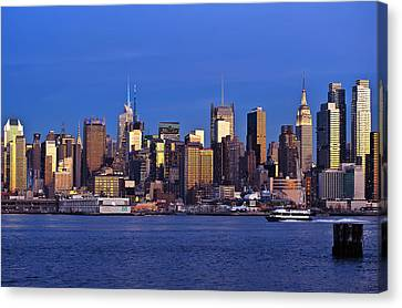D700 Canvas Print - Ny Skyline At Twilight by Mitchell R Grosky