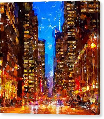 Nyc 4 Canvas Print by Chris Butler