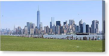 Island View Of Manhattan Canvas Print by Suzanne Perry